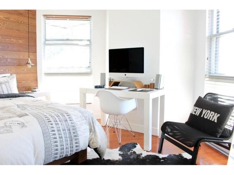 Como montar seu espaço de trabalho em home office em um cômodo pequeno